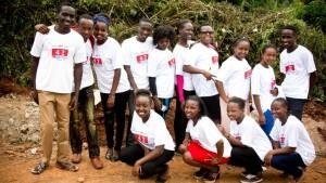 Einige dieser jungen Männer und Frauen werden im Februar in die John Kaheni Residence einziehen